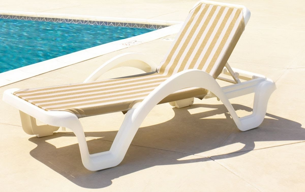 Plastic Pool Chaise