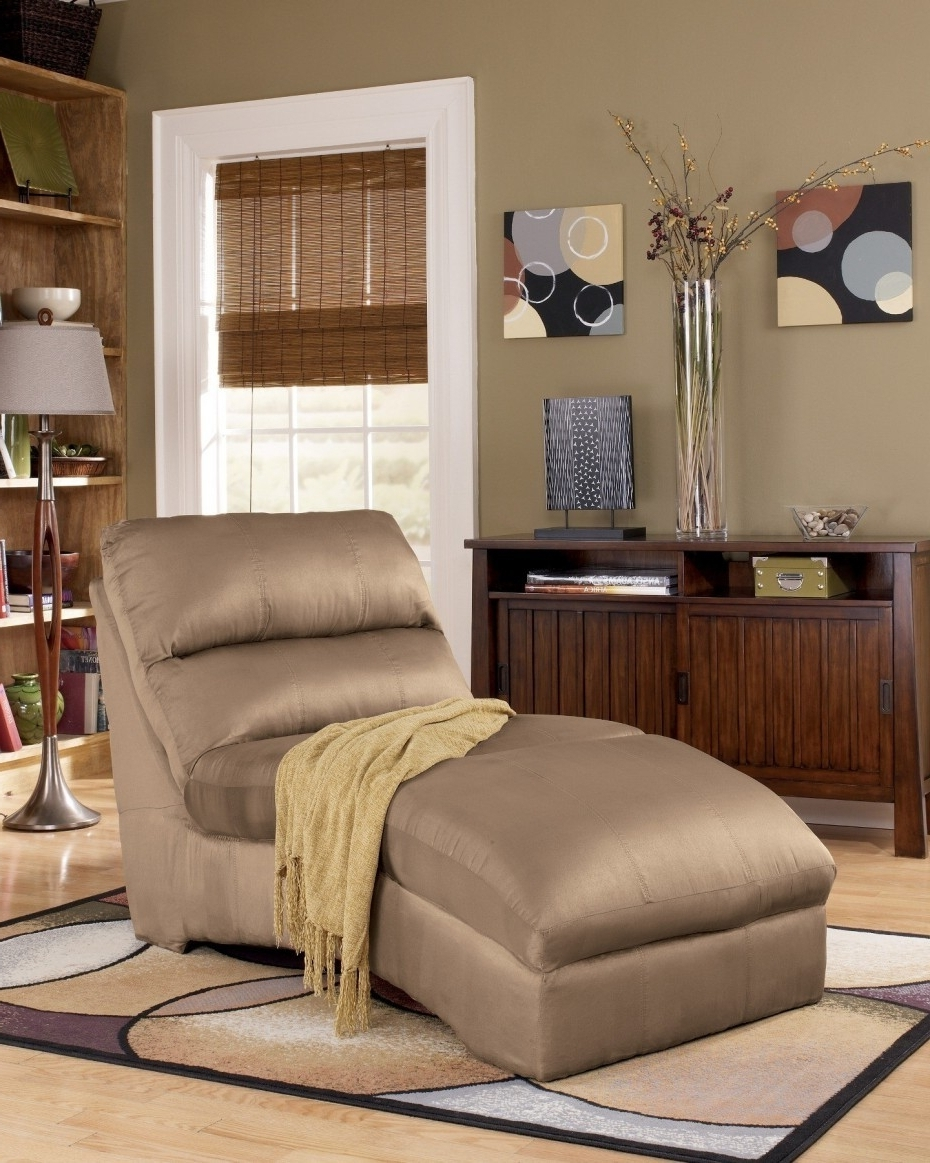 Microfiber Chaise Lounge Chairs Intended For Latest Uncategorized : Microfiber Chaise Lounge In Best Microfiber Chaise (View 4 of 15)