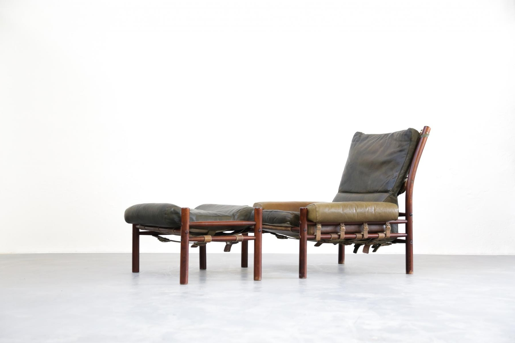 Mid Century Lounge Chair & Ottoman From Arne Norell For Sale At Pamono Inside 2018 Chaise Lounge Chairs With Ottoman (View 6 of 15)