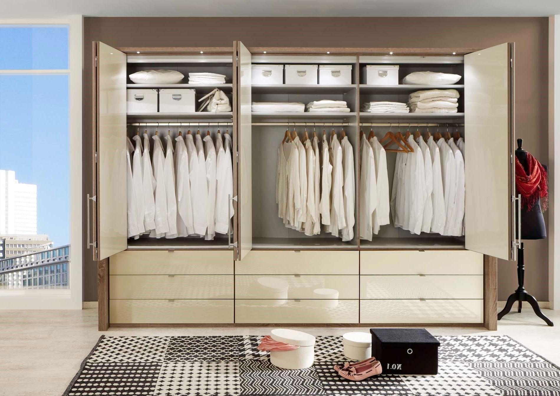 Most Current 6 Door Wardrobes With Regard To Linea Design (View 9 of 15)