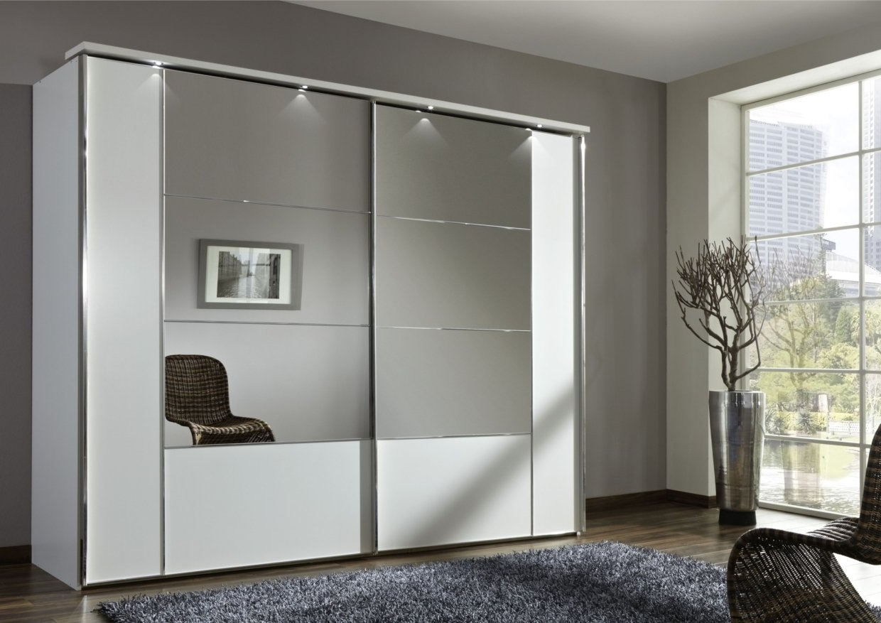 Most Current Wardrobes With Mirror Pertaining To 17 Irresistible Closet Designs With Mirror Doors (View 8 of 15)