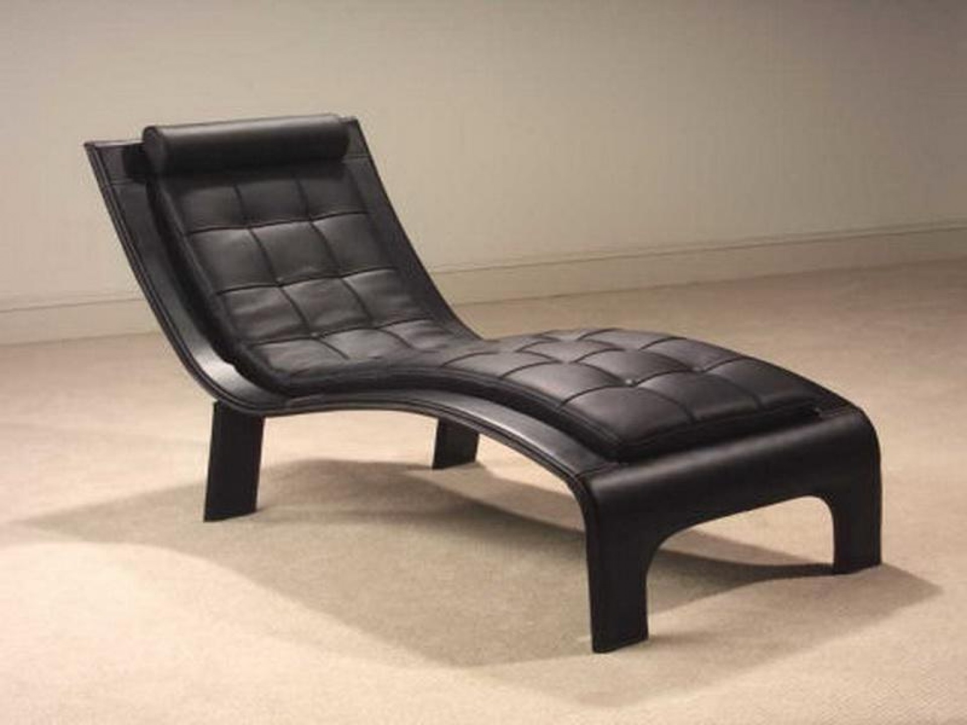 Most Popular Black Leather Chaise Lounge Chairs • Lounge Chairs Ideas Regarding Black Leather Chaises (View 12 of 15)