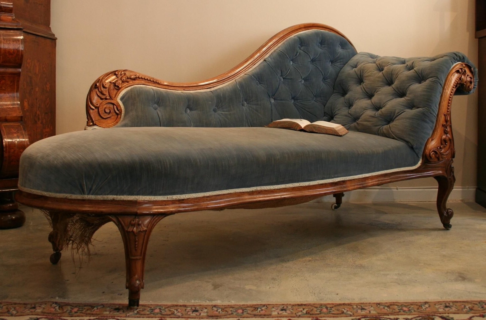 Featured Photo of Antique Chaise Lounge Chairs