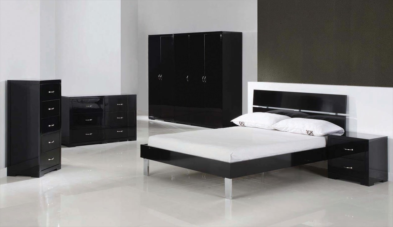 Most Recent Gloss Black Wardrobes With Black High Gloss Wardrobe Doors White Wardrobes Cheap That Can (View 11 of 15)