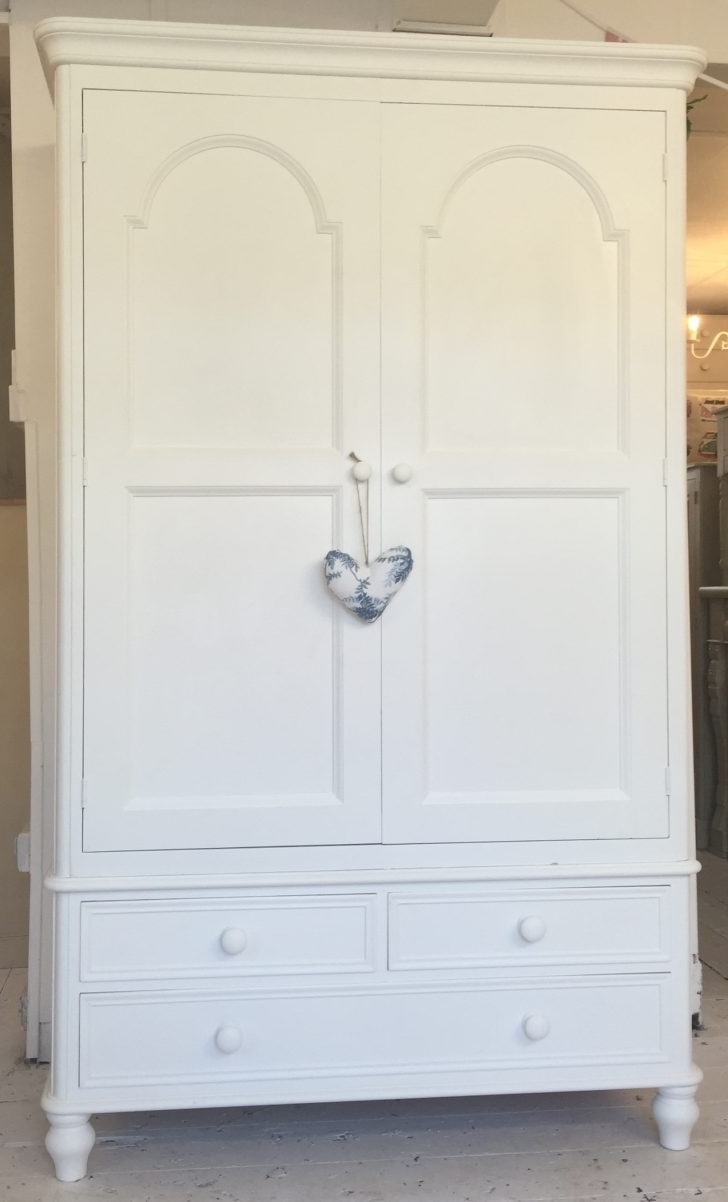 Featured Photo of White Pine Wardrobes