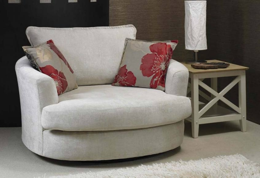 Most Up To Date Small Sofas And Chairs Regarding Exotic Sofas And Chairs To Create A Fresh Look (View 6 of 10)