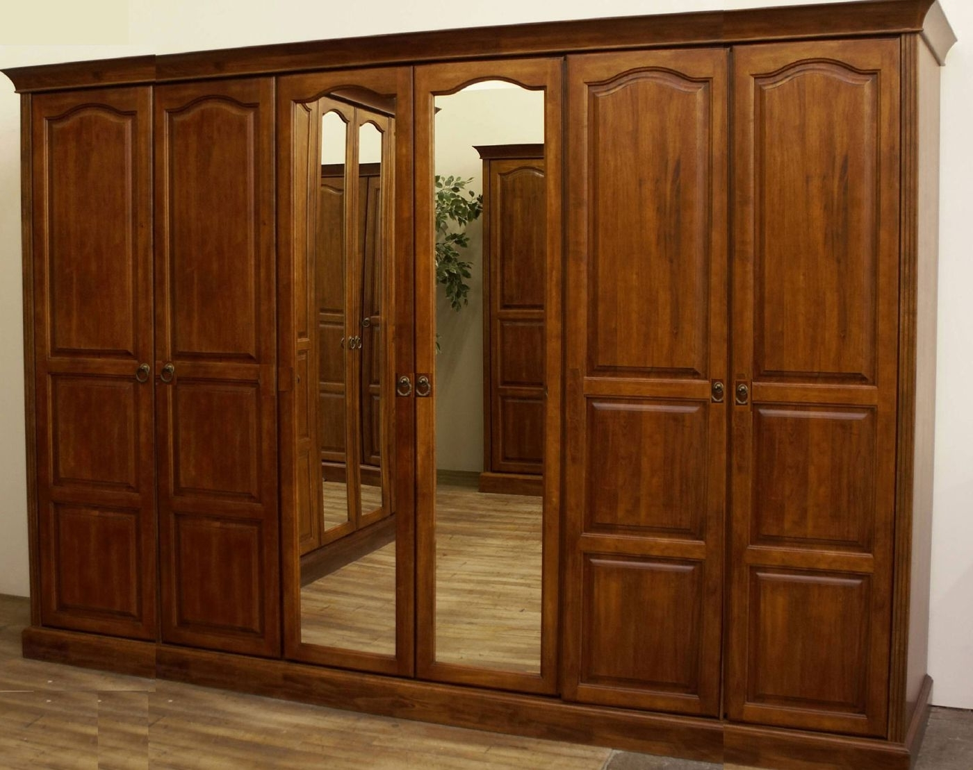 Newest 6 Door Wardrobes Bedroom Furniture In Heirloom Oak 6 Door Wardrobe (View 14 of 15)