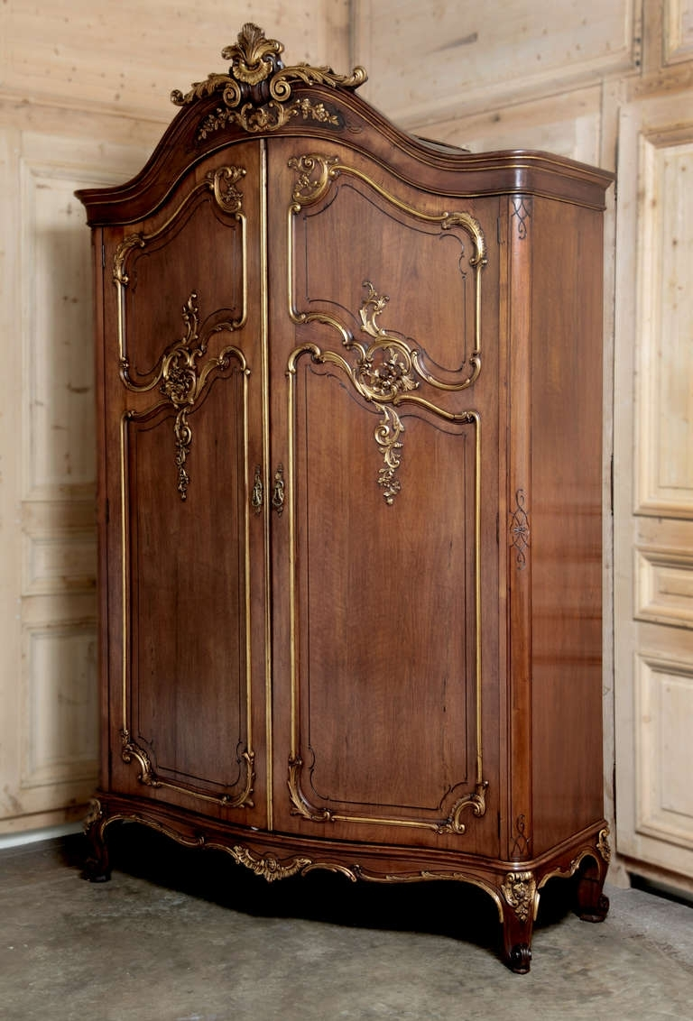 Newest How To Include An Antique Armoire In The Decoration Of A Room With Regard To Vintage French Wardrobes (View 11 of 15)