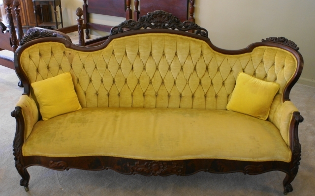 Newest Nice Tufted Back Victorian Mahogany Sofa For Sale (View 12 of 15)