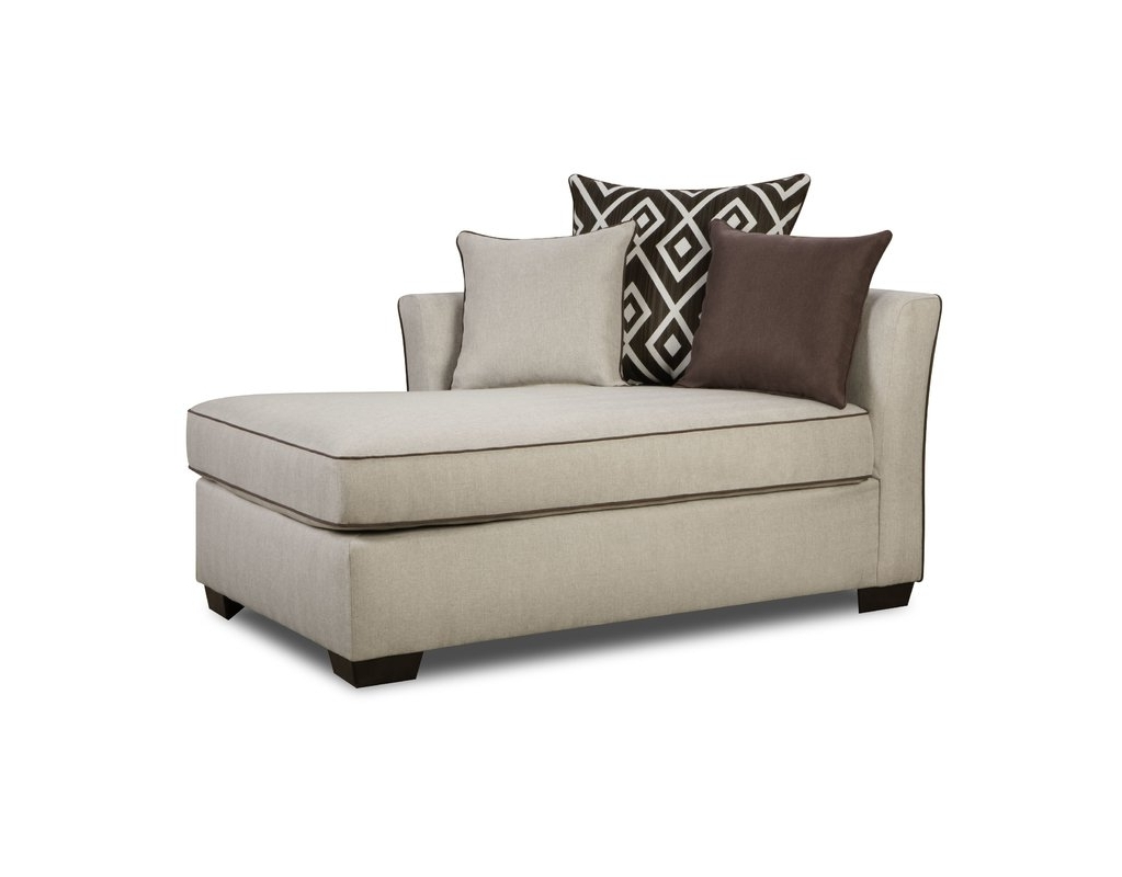 Newest Upholstered Chaise Lounges With Latitude Run Heath Chaise Loungesimmons Upholstery & Reviews (View 15 of 15)