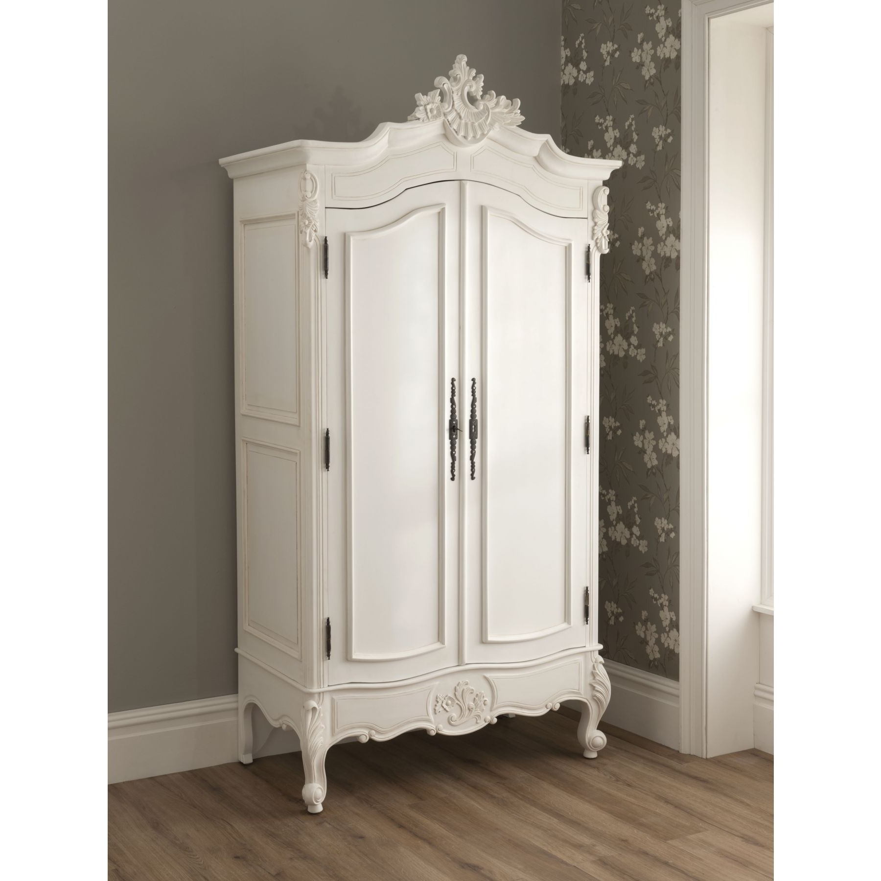 Old Fashioned Wardrobes Throughout Famous Vintage Wardrobe Paint And Design – Furnitureanddecors/decor (View 3 of 15)