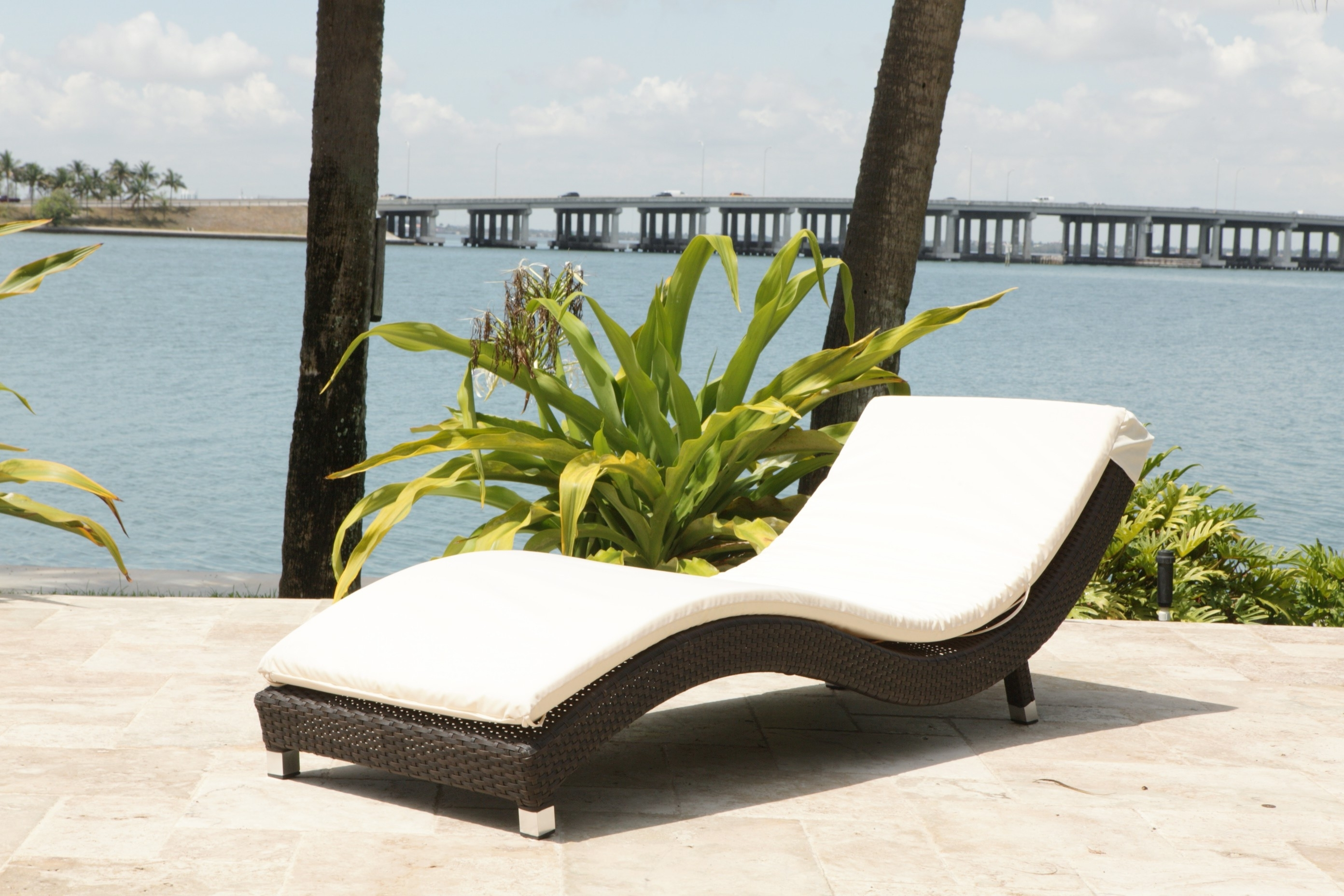 Outdoor : White Tufted Chaise Lounge Discount Indoor Chaise With Regard To Best And Newest Pool Chaise Lounges (View 9 of 15)