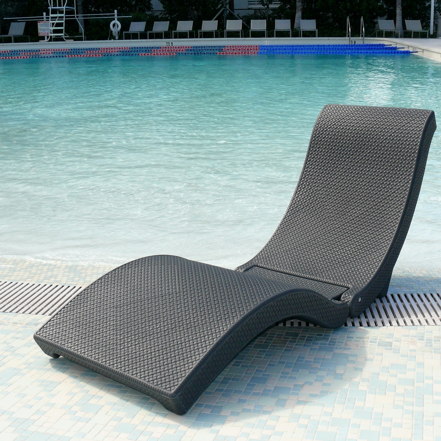 Plastic Chaise Lounges Within Best And Newest Plastic Lounge Chairs Pool (View 10 of 15)