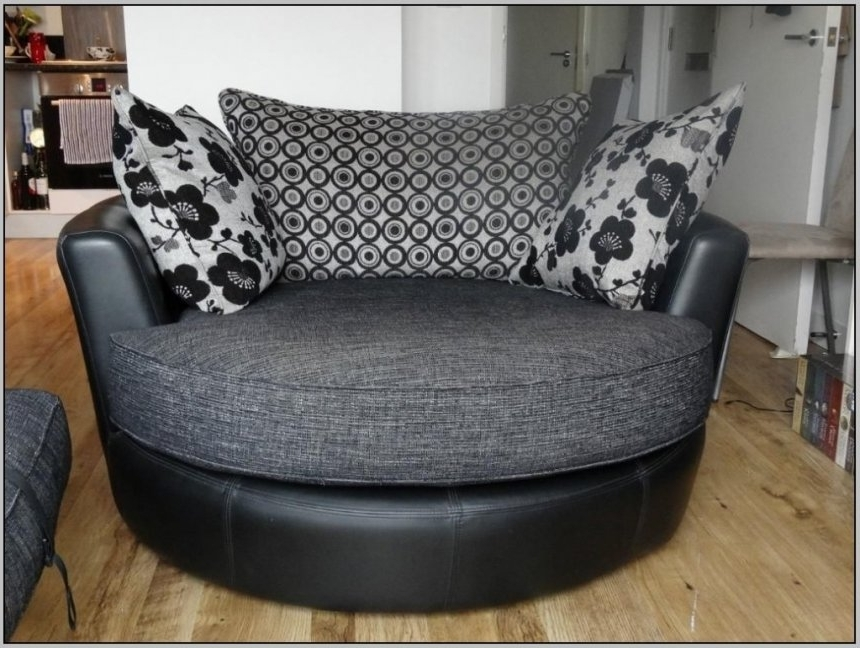 Popular Curved Sectional Sofa — Radionigerialagos In Circular Sofa Chairs (View 5 of 10)