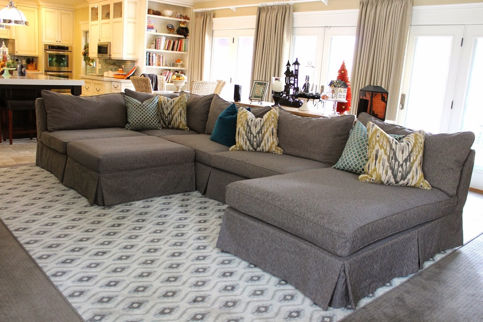 Popular Slipcovered Sofas With Chaise Regarding Grey Sectional From Slipcovered Sectional Sofa Pottery Barn (View 5 of 15)