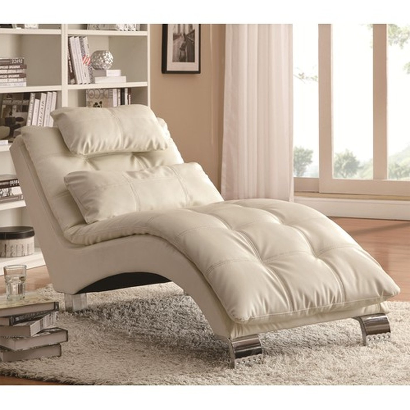 Popular White Leather Chaise Lounges With Amazing White Leather Chaise Lounge With White Leather Chaise (View 8 of 15)