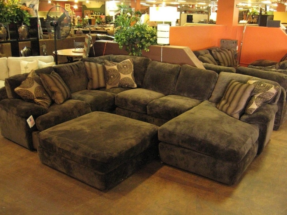 Sectionals With Chaise And Ottoman Regarding Most Up To Date Sofa : Magnificent Large Sectional Sofa With Chaise Reclining (View 7 of 10)
