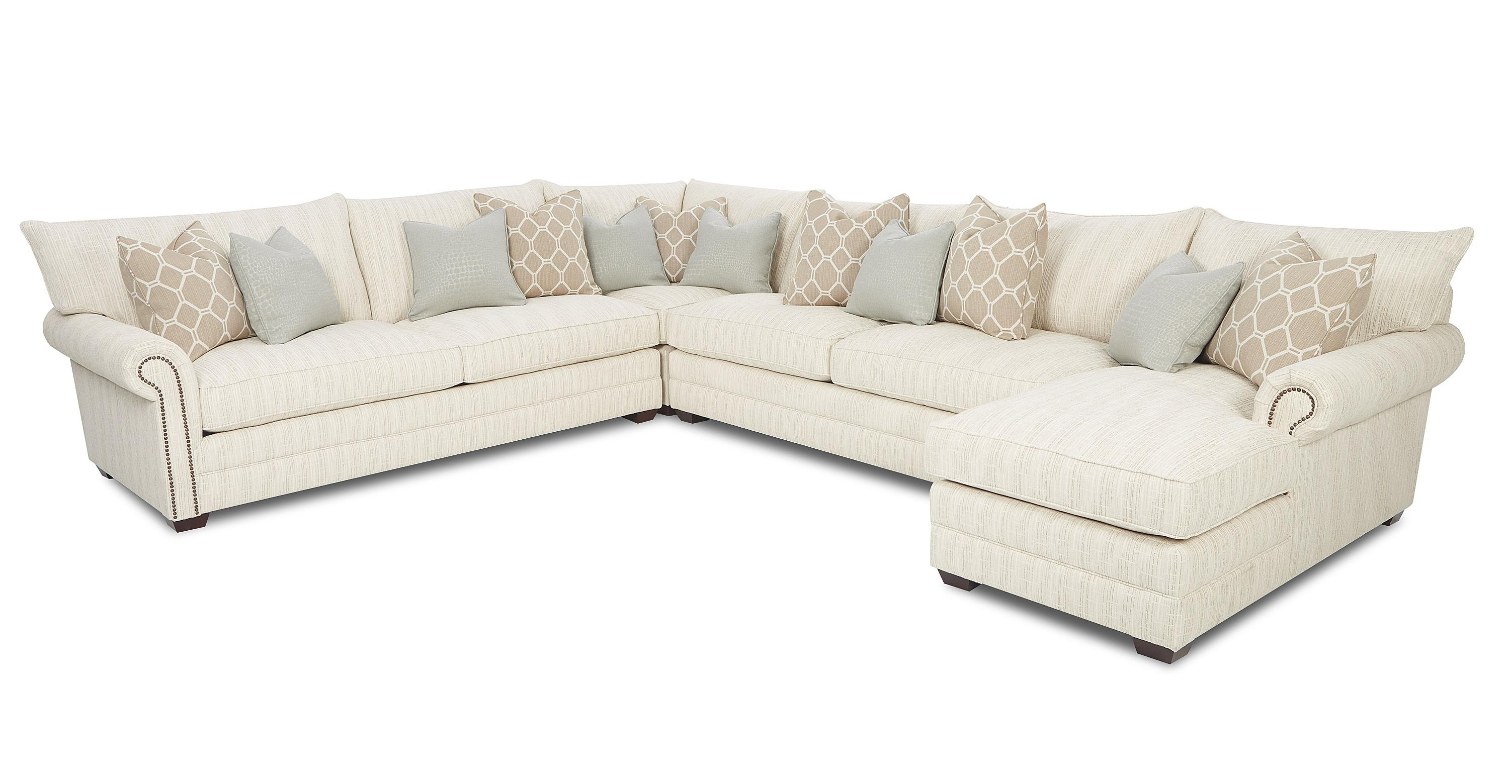 Sectionals With Chaise Lounge In Widely Used Traditional Sectional Sofa With Nailhead Trim And Chaise Lounge (View 9 of 15)