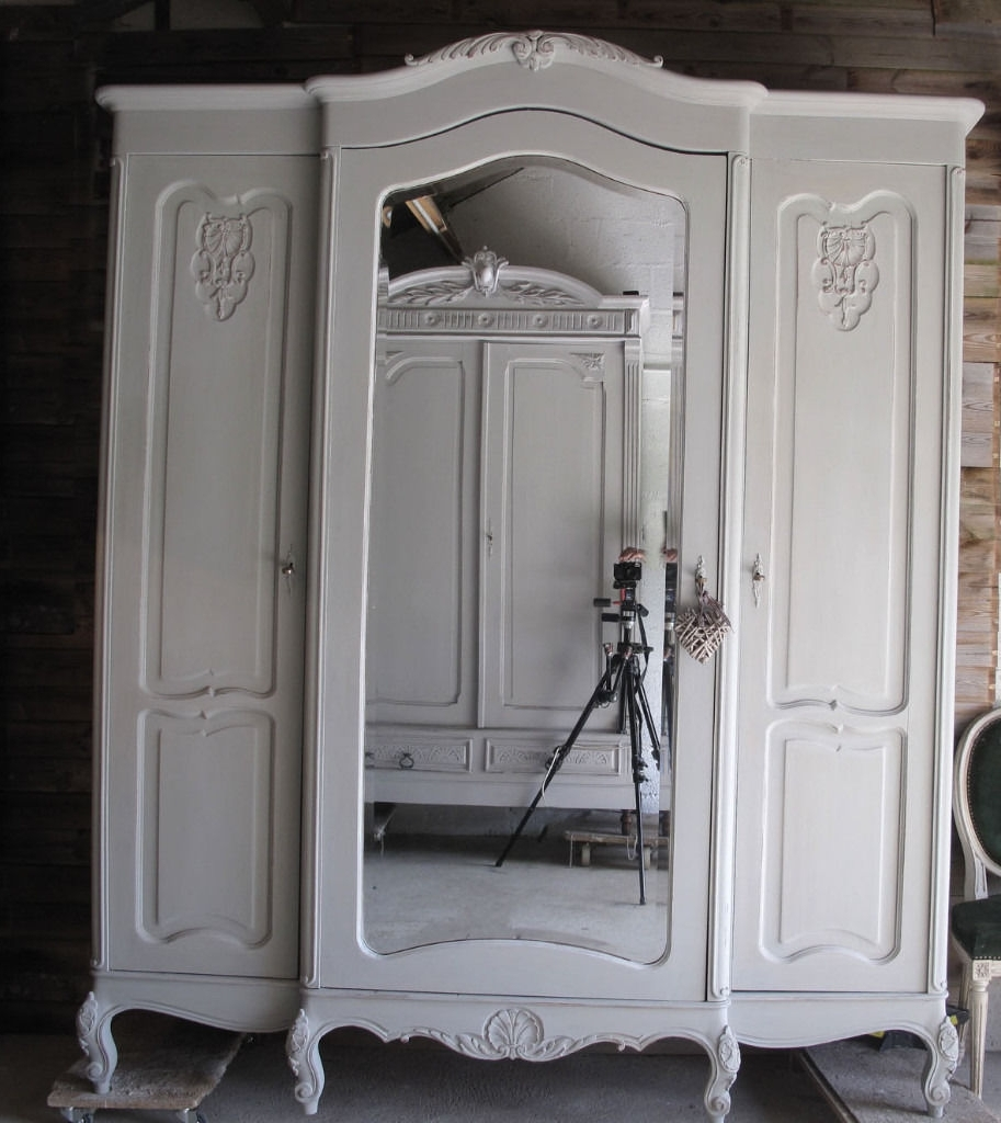 Shabby Chic Wardrobes (View 10 of 15)