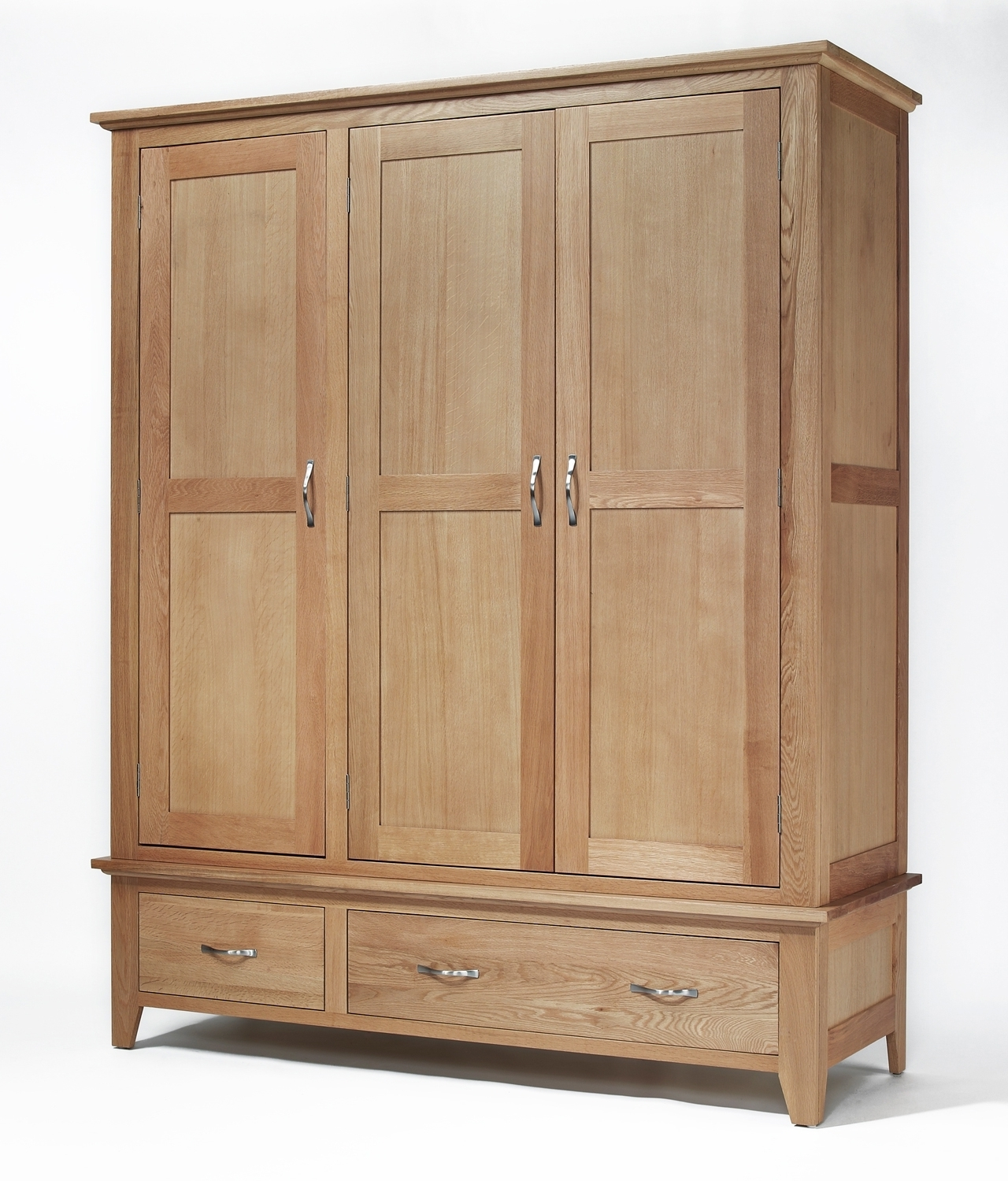 Sherwood Oak Triple Wardrobe With 2 Drawers (View 15 of 15)