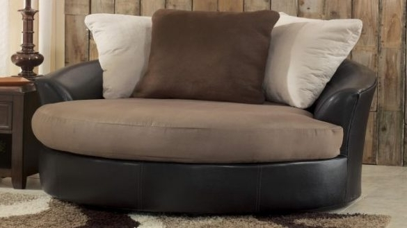 Trendy Amazing Big Oversized Living Room Furniture Chair On Chairs With Oversized Sofa Chairs (View 10 of 10)