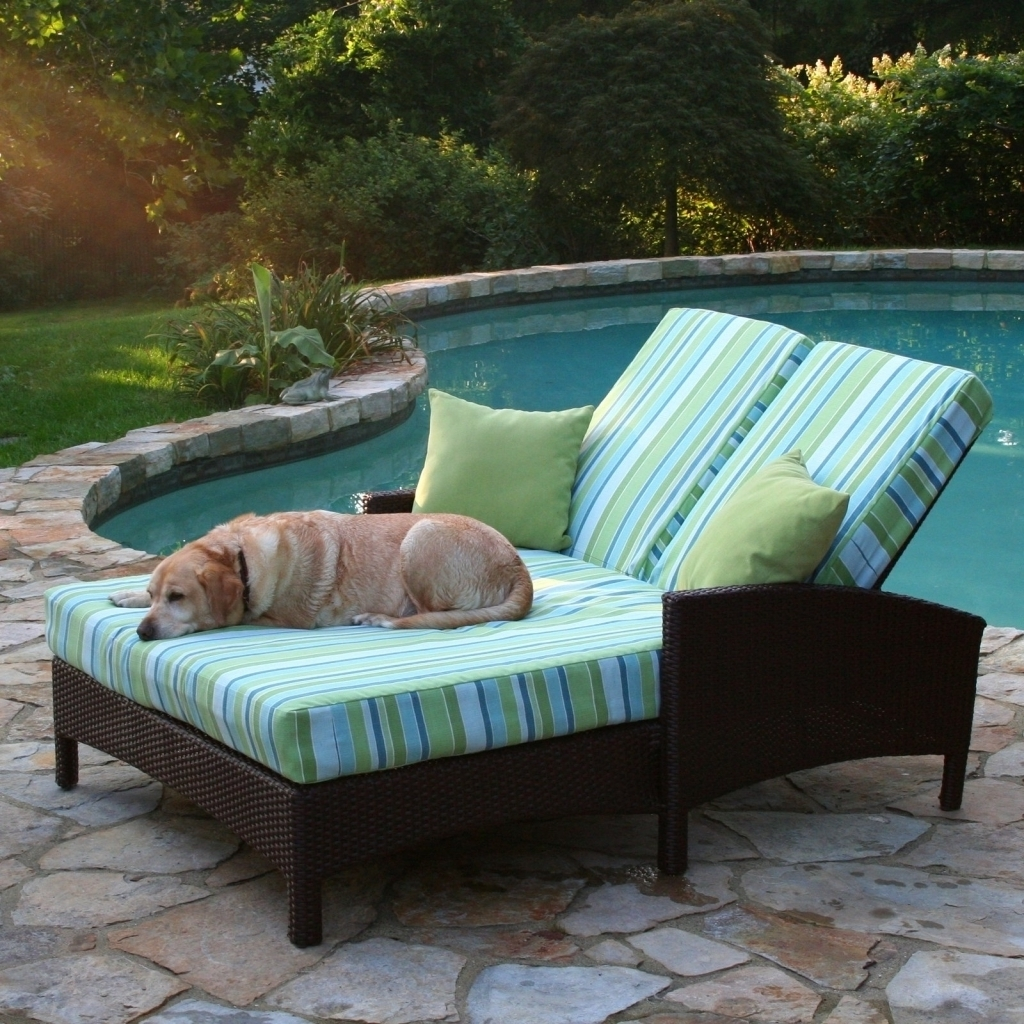 Trendy Double Outdoor Chaise Lounges Intended For Furniture: Rattan Frame Light Green Curved Double Outdoor Chaise (View 12 of 15)