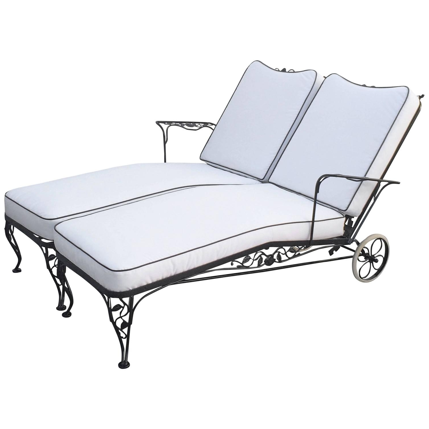 Trendy How Sturdy The Awesome Designs Wrought Iron Chaise Lounge With Wrought Iron Chaise Lounges (View 12 of 15)