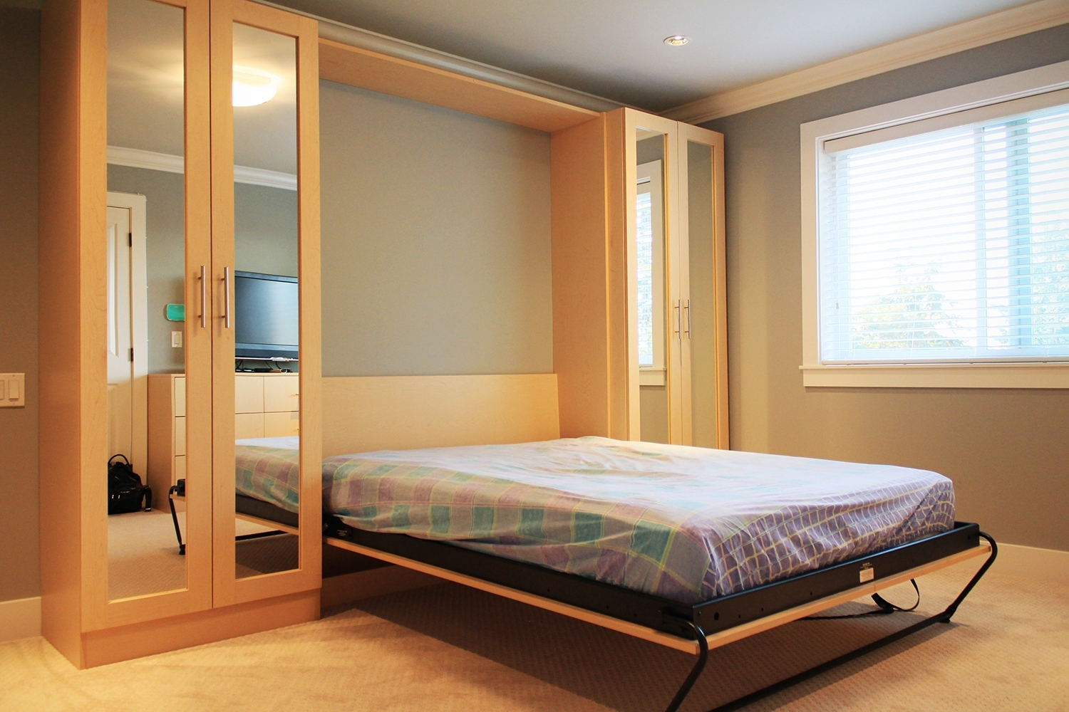Trendy Wardrobes Beds For Murphy Bed With Mirror Wardrobes (View 8 of 15)