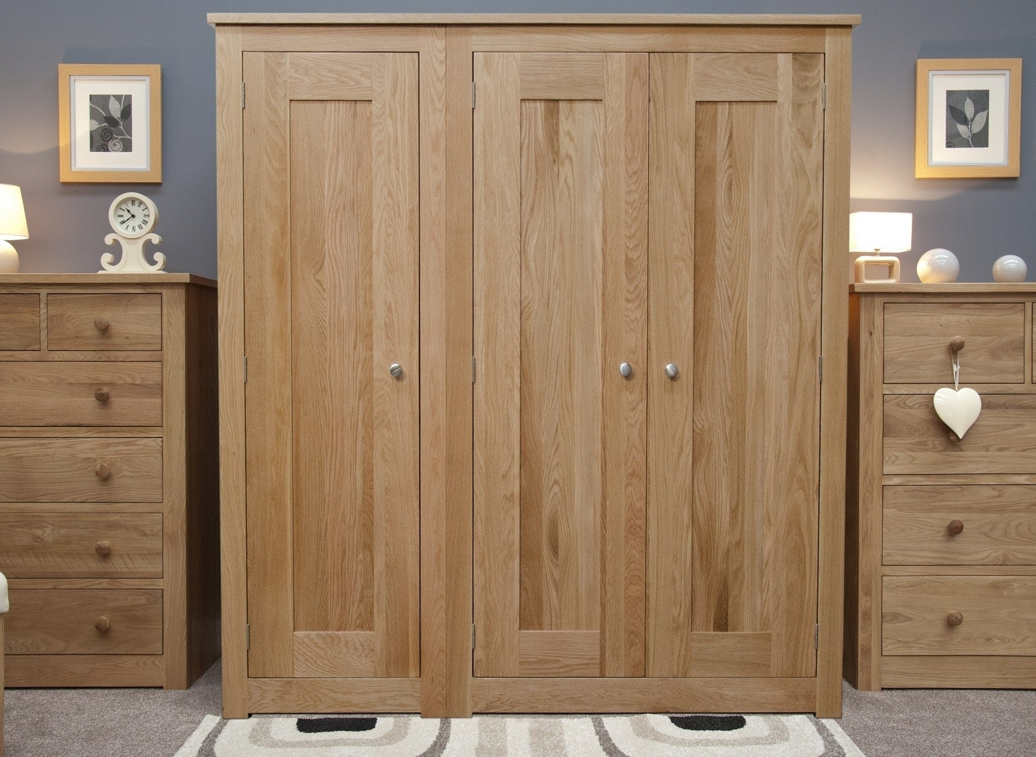 Triple Oak Wardrobes In Most Up To Date Torino Solid Oak 3 Door Triple Wardrobe (View 14 of 15)