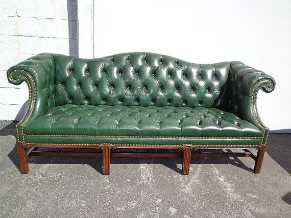 Tufted Leather Chesterfield Sofas Regarding Most Popular Amazing Of Green Leather Chesterfield Sofa Tufted Leather (View 6 of 10)