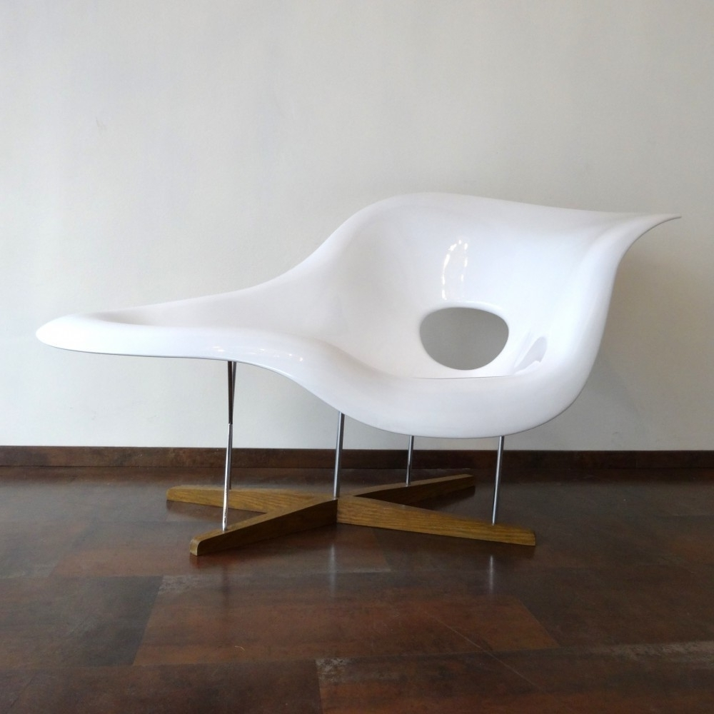 Une Chaise Lounges For Well Liked Located Using Retrostart > La Chaise Lounge Chaircharles (Gallery 2 of 15)