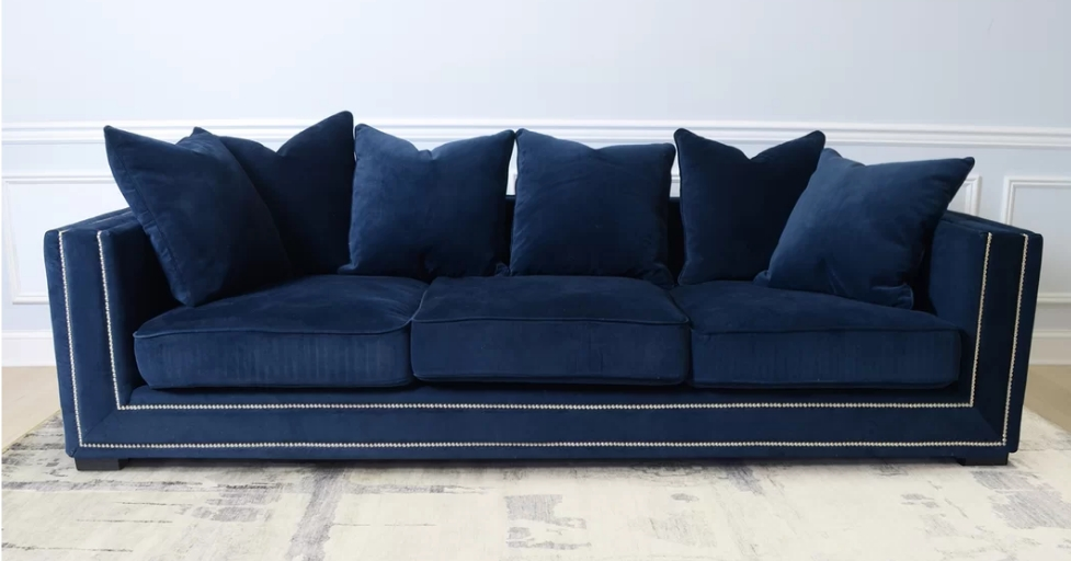 Velvet Sofas In Widely Used Top 8 Navy Blue Velvet Sofas For Glamorous Home – Cute Furniture (Gallery 10 of 10)