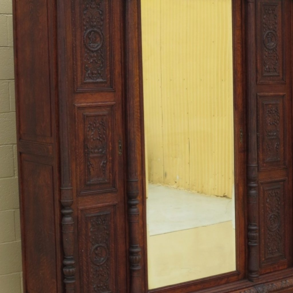 Victorian Wardrobes For Sale With Regard To Well Known Awesome Victorian Wardrobes – Buildsimplehome (View 14 of 15)