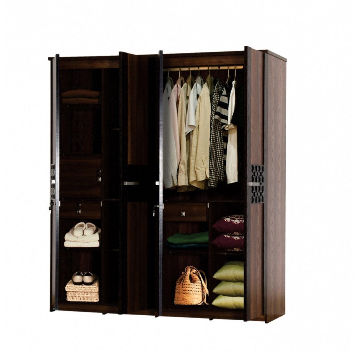 Wardrobes 4 Doors Regarding Most Popular Carvin 4 Door Wardrobe (View 3 of 15)