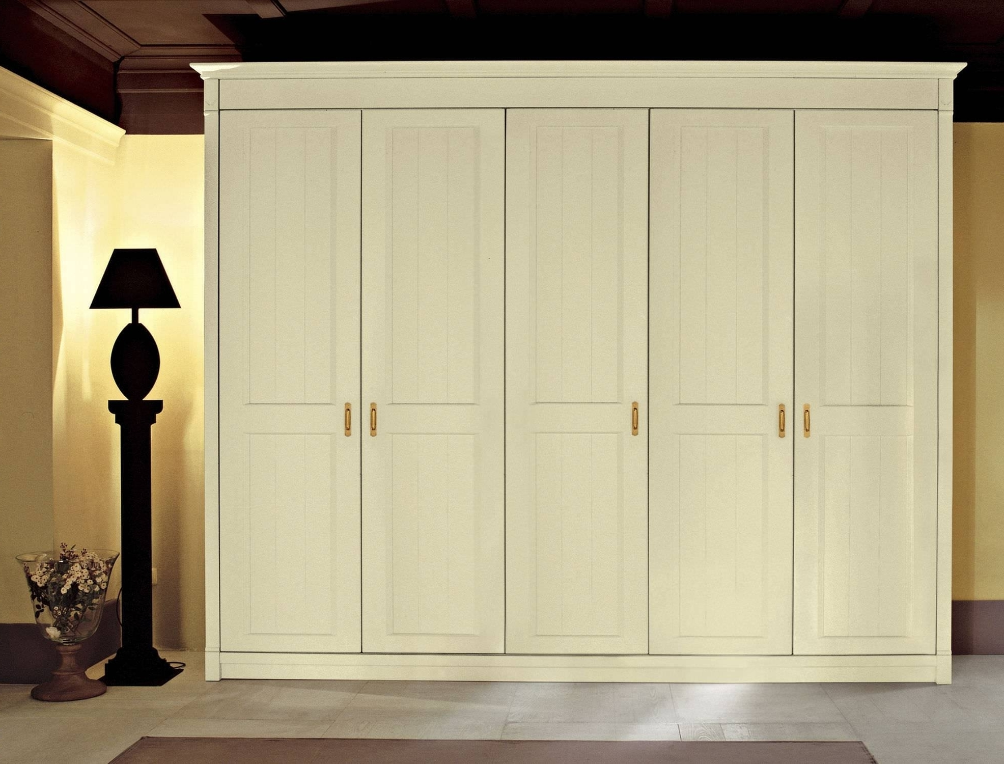 Well Known 5 Door Wardrobe Bedroom Furniture (View 13 of 15)
