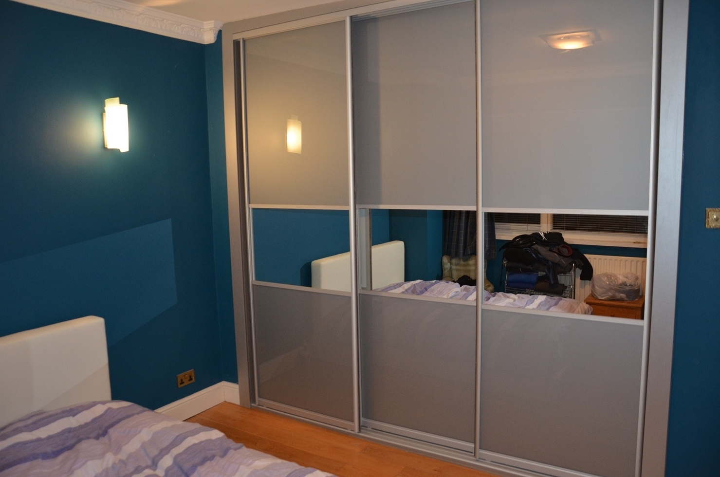 Well Known Bedroom Alcove Sliding Wardrobe With Sliding Doors Made From Glass For Richmond Wardrobes (View 15 of 15)