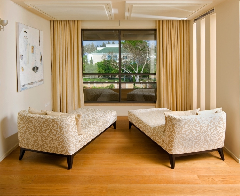 Well Known Chaise Lounge Chairs For Living Room Inexpensive Chaise Lounge Pertaining To Damask Chaise Lounge Chairs (View 5 of 15)