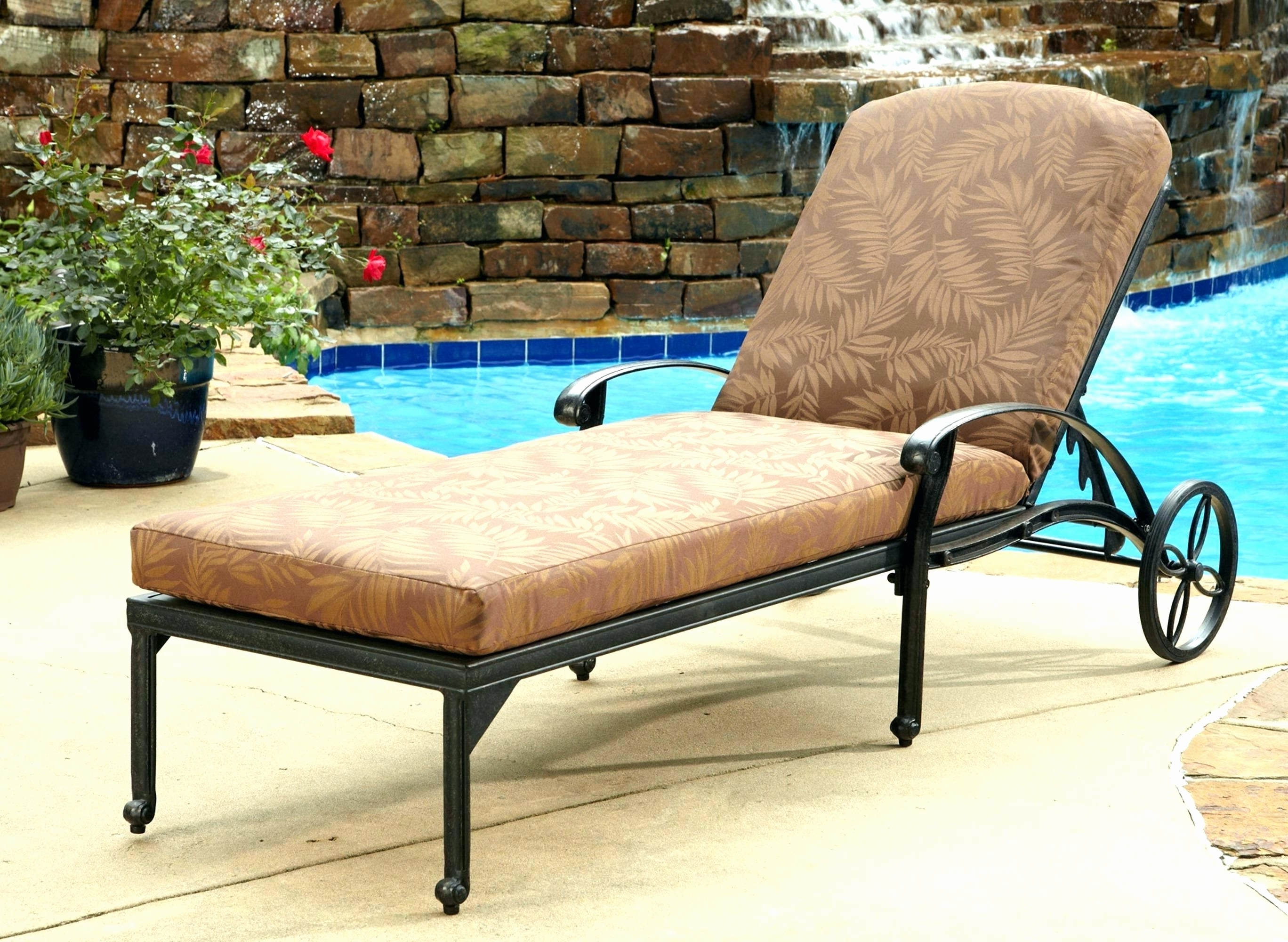 Well Known Convertible Chair : Lawn Chair Cheap Lounge Chairs Double Chaise In Chaise Lounge Lawn Chairs (View 15 of 15)