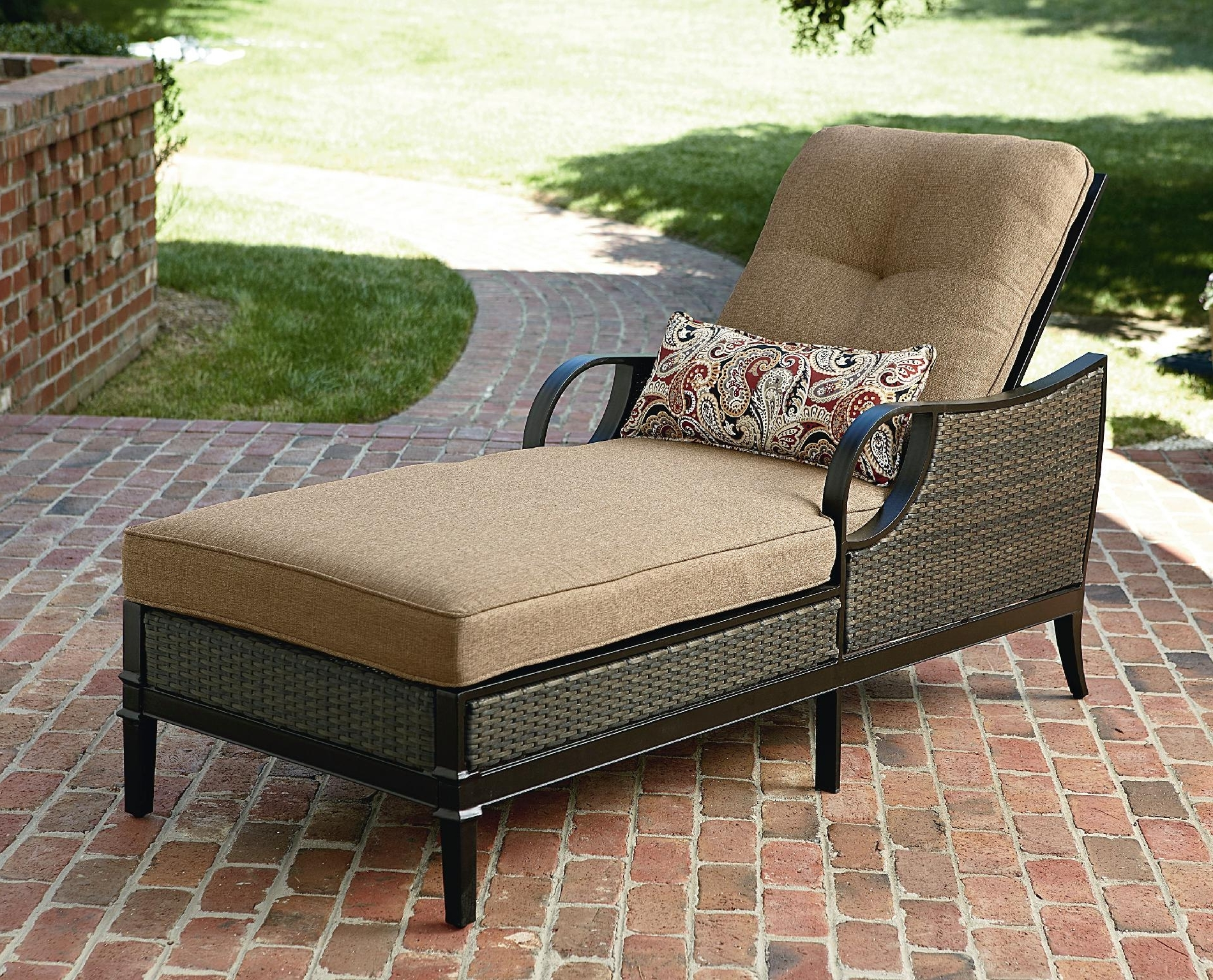 Well Known How To Choose A Comfy And Stylish Patio Chaise Lounge Throughout Outdoor Patio Chaise Lounge Chairs (View 3 of 15)