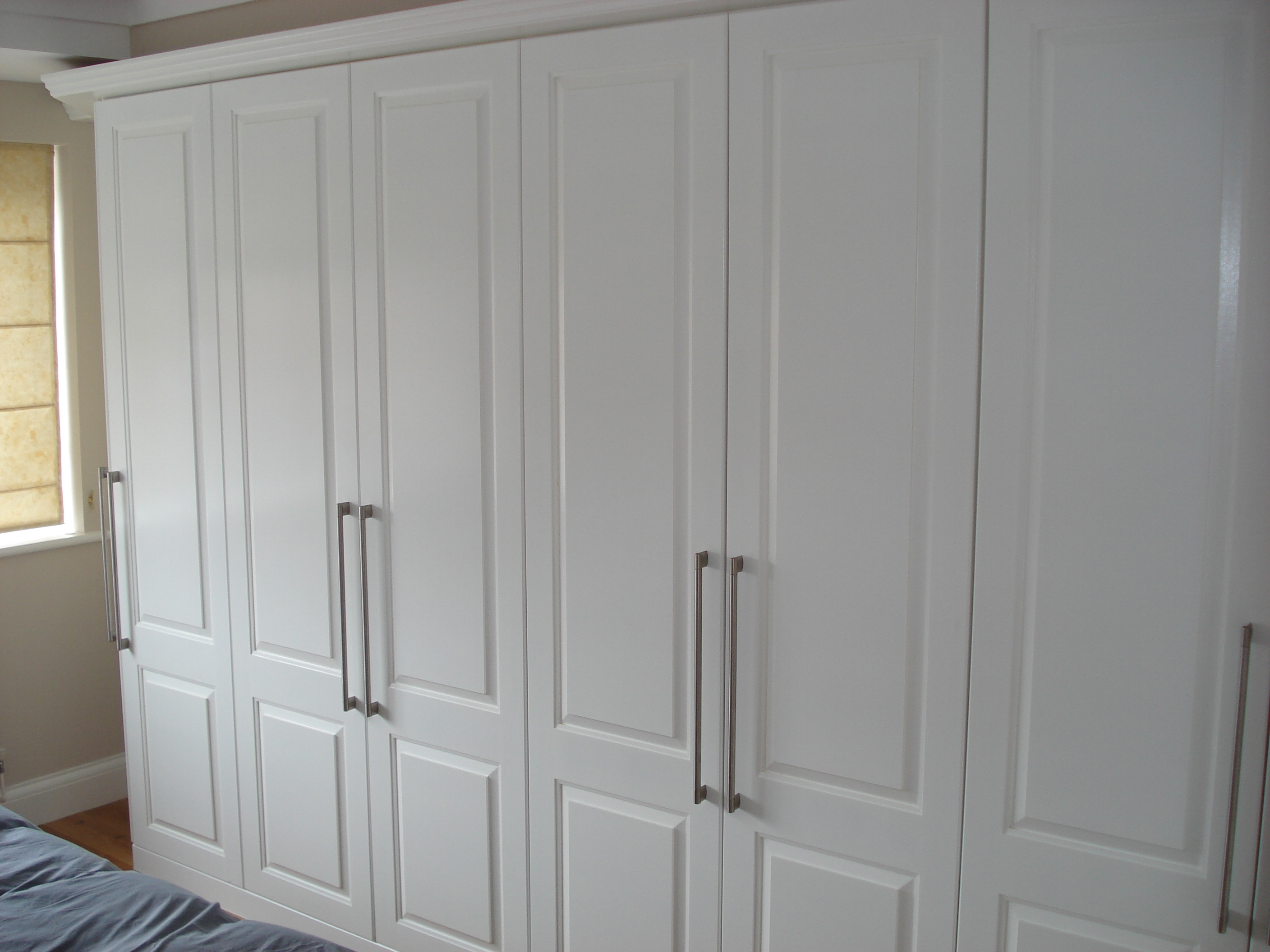 Well Known White Painted Wardrobes Regarding White Bedroom Wardrobes (Photos And Video) (View 10 of 15)