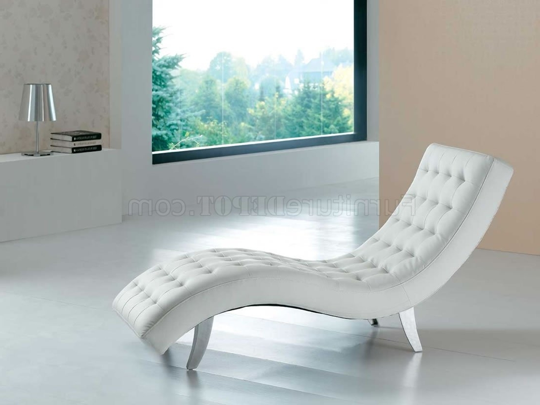 Well Known White, Red, Brown, Beige Or Black Vinyl Modern Chaise Lounger In White Leather Chaises (View 5 of 15)