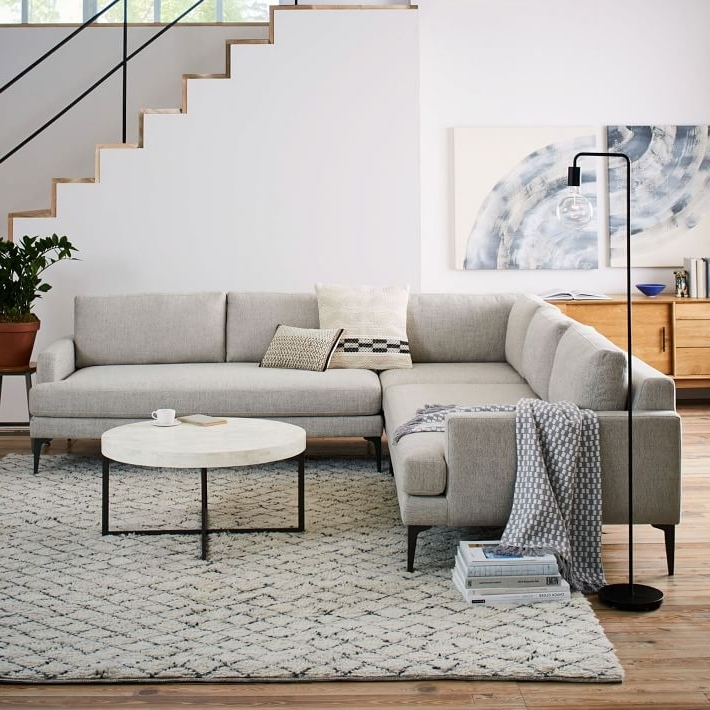 West elm lorimer sofa for Best west elm sofa
