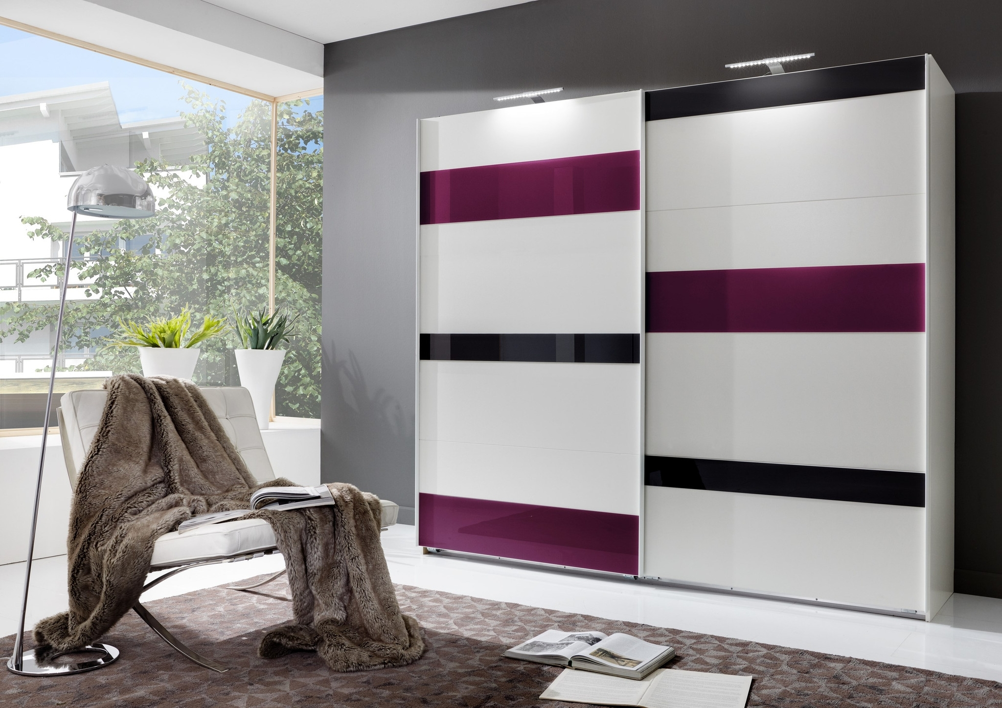 White High Gloss Sliding Wardrobes Inside Favorite Black High Gloss Sliding Wardrobe Doors White Wardrobes That Can (View 13 of 15)