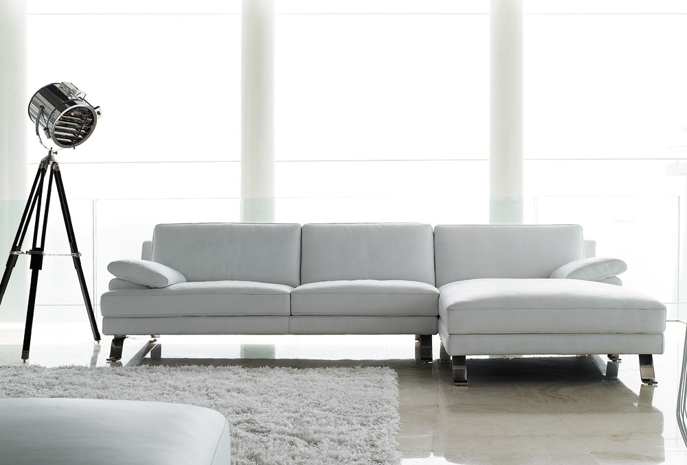 White Leather Sofas, Leather Reclining Sofa With Chaise Leather Regarding Well Known Leather Lounge Sofas (View 10 of 10)