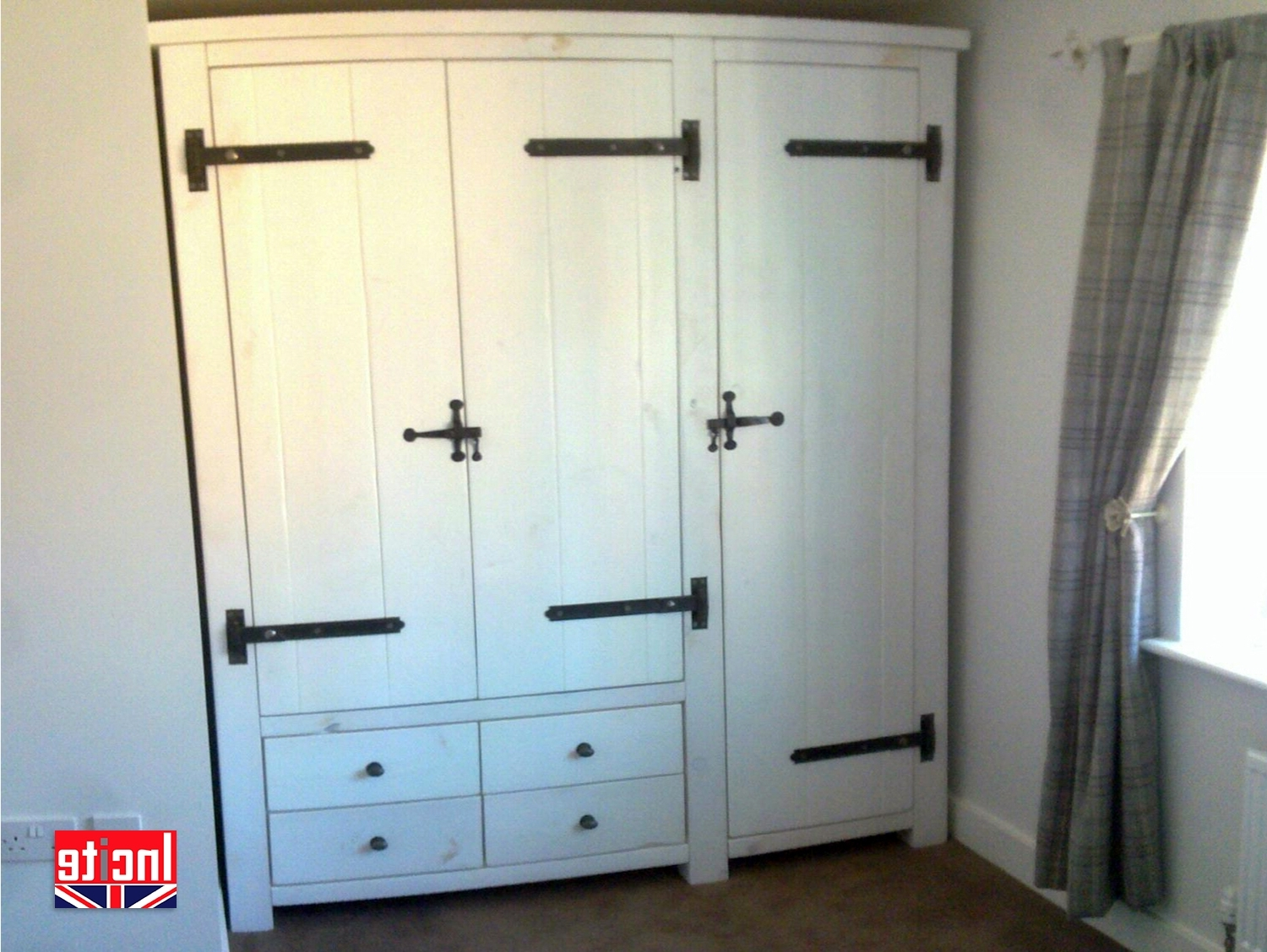 Whitewash Wardrobes Regarding Current Derbyshire Bespoke Plank Whitewashed Combination Wardrobe (View 14 of 15)