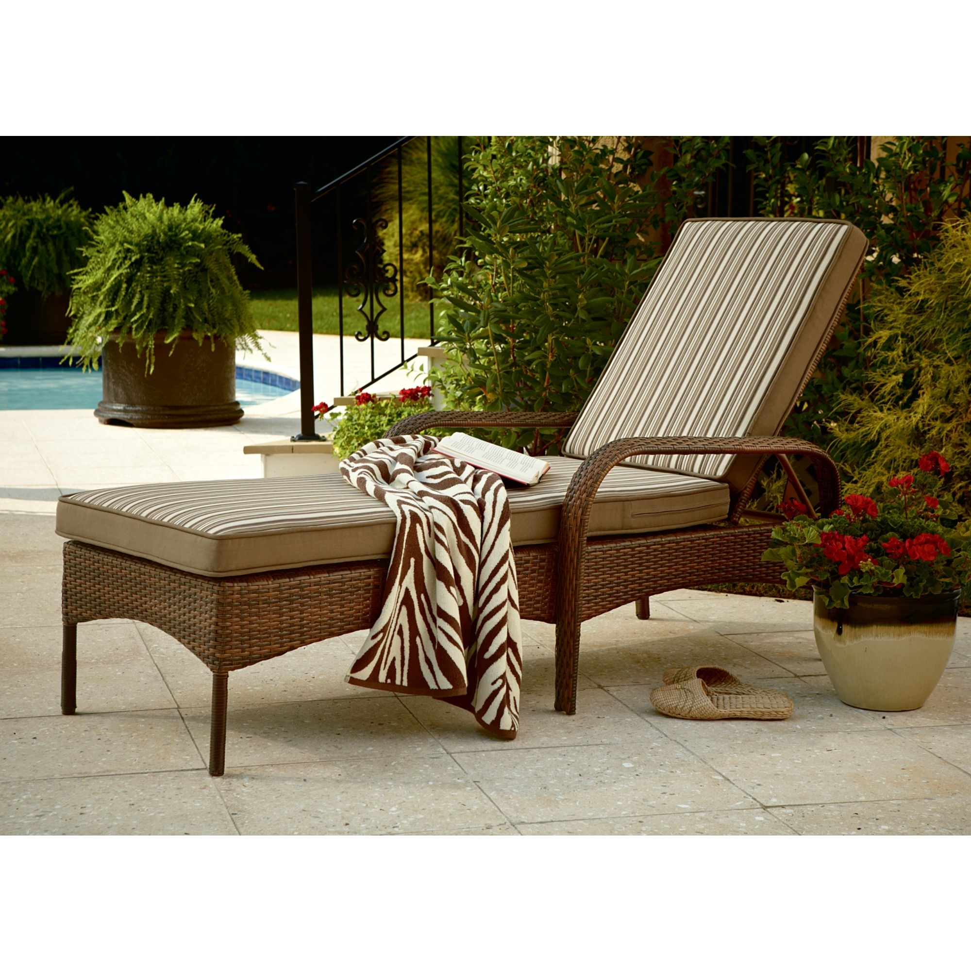 Wicker Chaises With 2018 Outdoor : White Chaise Lounge Sofa Outdoor Chaise Lounge Covers (View 13 of 15)