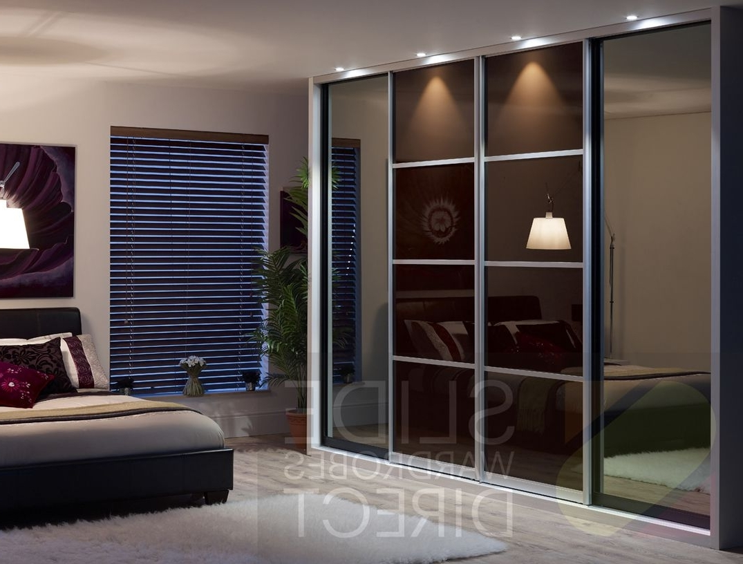 Widely Used Apartment: Top Notch Bedroom Interior Decoration Ideas With Latest With Black Glass Wardrobes (View 15 of 15)