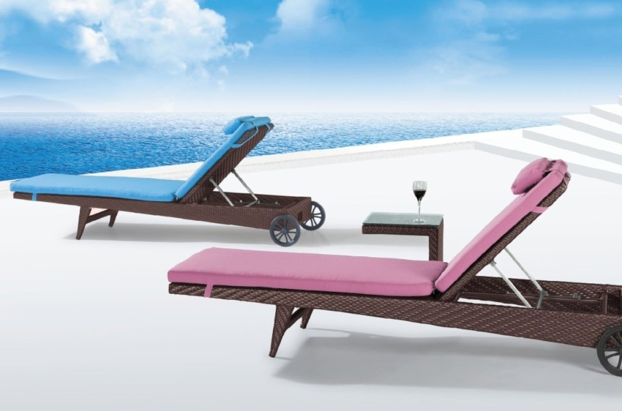 Widely Used Chair : Tanning Chairs With Face Holes Awesome Reclining Chaise Within Chaise Lounge Chairs With Face Hole (View 15 of 15)