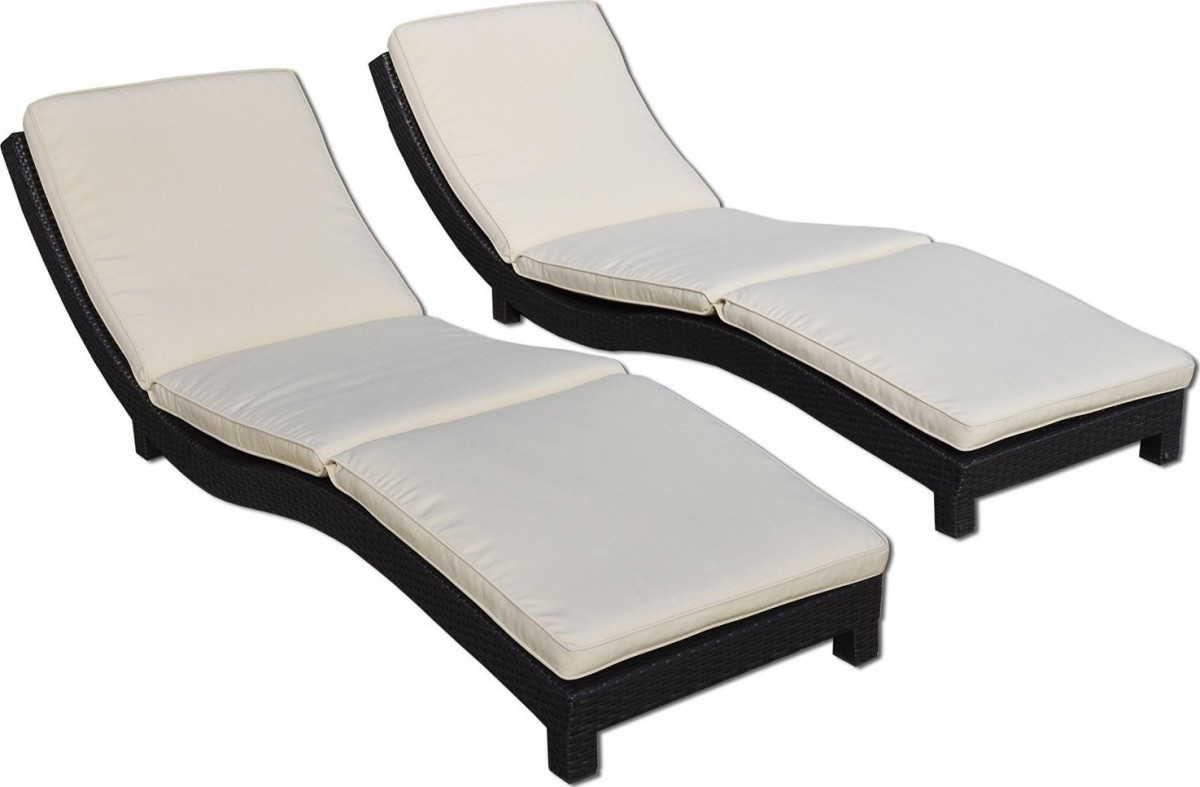 Widely Used Modern Living Outdoor Chaise Lounge Chairs W/ Cushions For Contemporary Outdoor Chaise Lounge Chairs (View 15 of 15)