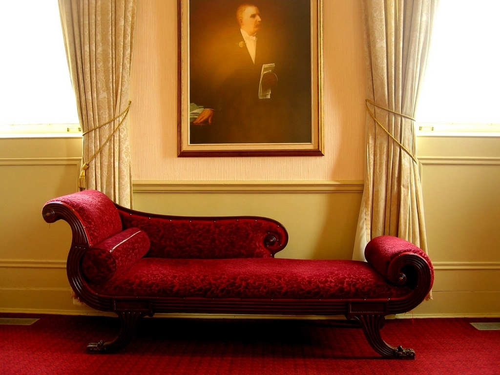 Wondrous Red Indoor Chaise Lounge Chair In Victorian Style Living With Regard To Popular Luxury Chaise Lounge Chairs (View 12 of 15)